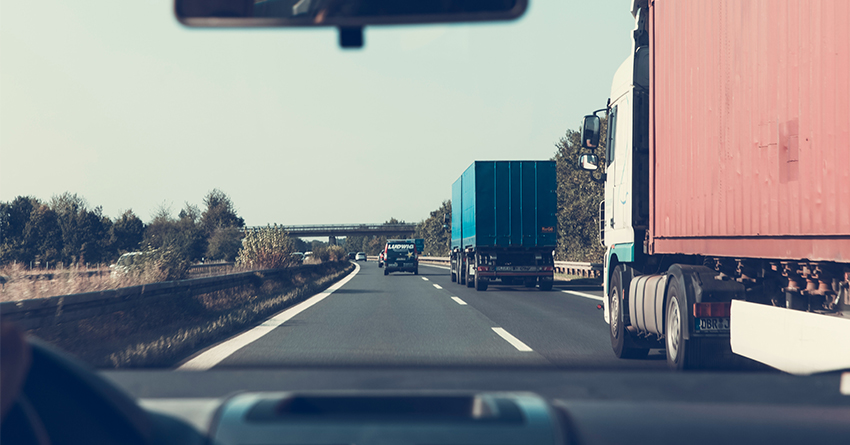 three-safe-driving-habits-your-non-cdl-drivers-need